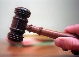 A judge -1